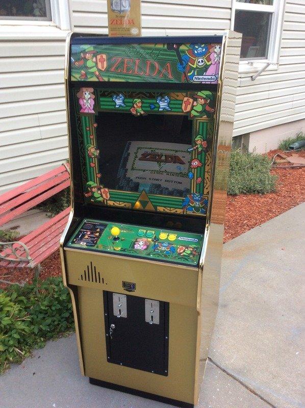 legend-of-zelda-arcade-machine-1