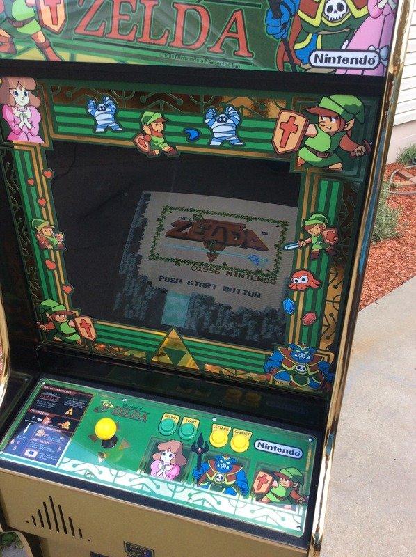 legend-of-zelda-arcade-machine-2